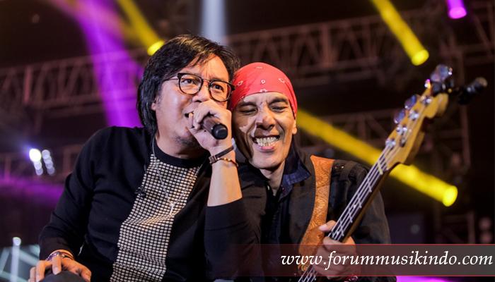 Ari Lasso Merasakan Perbedaan Konser Dewa19