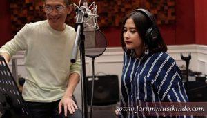 forum musik indo Prilly Latuconsina Rilis Album Kedua