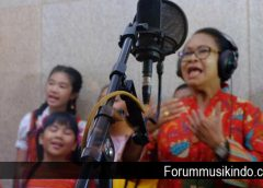Yohana Yambise Rekaman Lagu Dengan Penyanyi Penyanyi Cilik